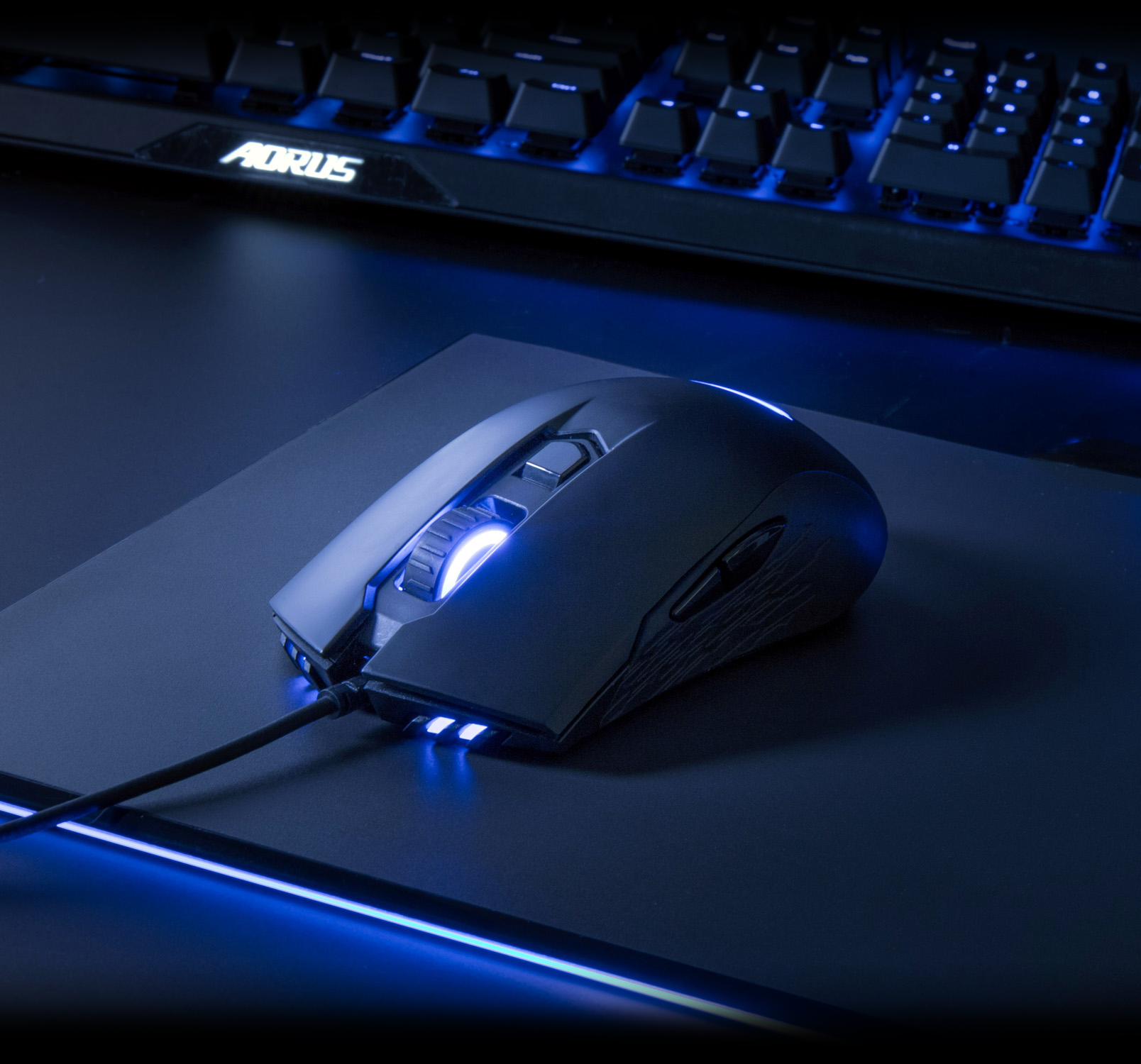 Gigabyte AORUS RGB 6400 DPI Optical Sensor Fully Programmable and Saved Onboard Gaming Mouse GM-AORUS M4