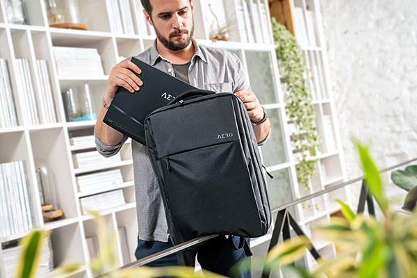 AERO Creator Laptop Great Mobility